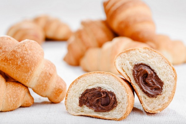 Croissant with Nutella